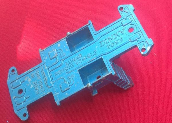 "Dinky Toys 355 - Original - Lunar Roving Vehicle Baseplate ""Blue Issue"""
